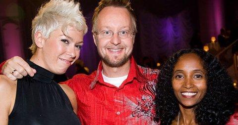 1DANSELØVE: Sigurd Sollien har lært selskapsdans av Ingrid Beate Thompson men kona Seble Woldegabriel (t.h.) tør ikke prøve å lære han den karakteristiske etiopiske dansemåten.