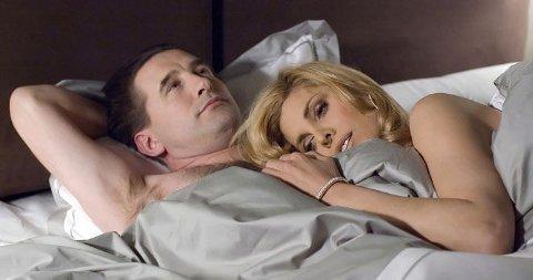 TRØBBEL: William Baldwin spiller eldstemann i familien Darling. Han sliter med et litt spesielt seksuelt behov - kan det styrte hans mulighet i Sentatet?