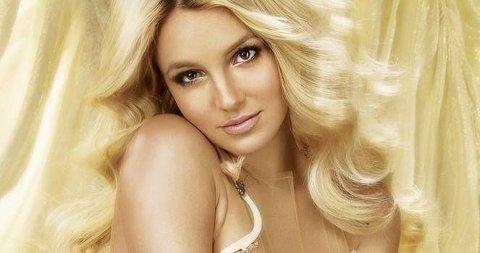 Vinn bl.a. Britney Spears sitt nye album.