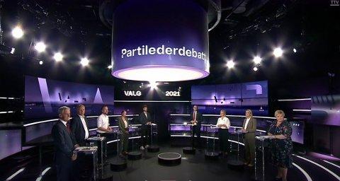 KAMP OM MAKTEN: Ni partiledere i duell hos TV 2 tirsdag kveld.