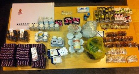I februar ble en 32-åring fra Bergen tatt med store mengder tabletter og dopingmidler i bagasjen på Flesland flyplass.