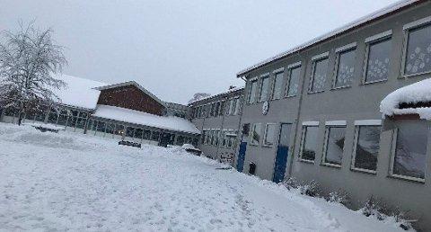 Venstøp barneskole, Tufte barnehage og Fossum barnehage er stengt i Skien.