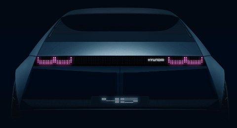 KONSEPT: Med dette bildet har Hyundai annonsert elbilkonsetet 45.