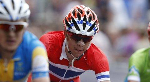 RETUR: Syklisten Vegard Stake Laengen vender skuffet hjem til Norge.