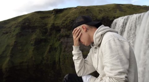 Justin Bieber er aktuell med ny låt og video. «I'll Show You» er spilt inn på Island.