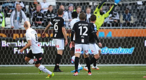 PERLEMÅL: Jone Samuelsen satte inn sitt fjerde mål for sesongen.