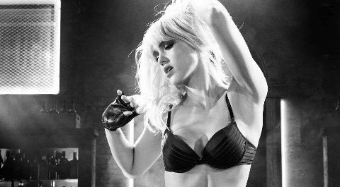 Jessica Alba som stripperen Nancy i Sin City 2.