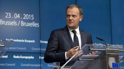 ØKER INNSATSEN: EU-president Donald Tusk lovet torsdag å tredoble budsjettet til søk- og redningsoppdrag i Middelhavet og bringe innsatsen tilbake på fjorårets nivå.