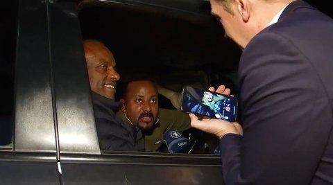 En ivrig tysk journalist får et tilfeldig møte med fredsprisvinner Abiy Ahmed i Etiopias hovedstad lørdag kveld.