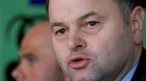 Stortingspresident Olemic Thommessen (H) innrømmer at han er i utakt med folk flest.