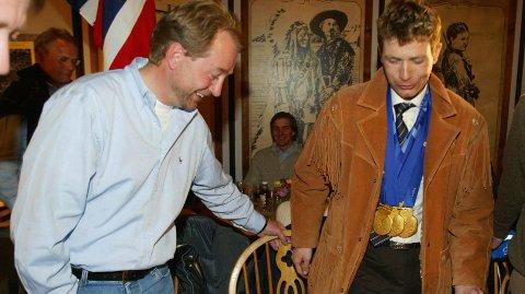 GAMLE BEKJENTE: Kjell Inge Røkke og Ole Einar Bjørndalen under OL I Salt Lake City i 2002.