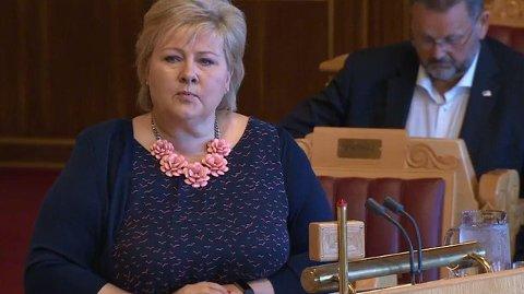 BEKYMRING I NORD: Statsminister Erna Solberg fikk flere spørsmål om luftambulansetjenesten i Stortingets spørretime onsdag.