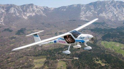 FLYR HØYT: Avinor og Norges luftfartsforbund bestilte i 2017 elflyet Alpha Electro G2, som ble levert for et år siden. Flyet er produsert på en av de største flyfabrikkene i Europa, i Pipistrel, Slovenia.