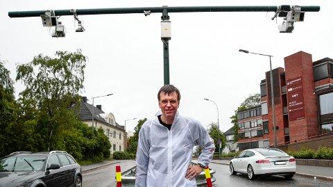 REAGERER: Førstekandidat for Folkeaksjonen Nei til mer bompenger (FNB) i Oslo, Bjørn Revil, reagerer på at partiet hans ikke ble invitert til debatten om bompenger hos NAF tirsdag morgen.