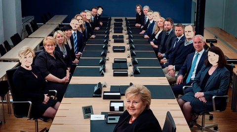 HVEM SKAL UT: Statsminister Erna Solberg har en gyllen mulighet til å krympe regjeringen og spare skattebetalerne for millionbeløp.
