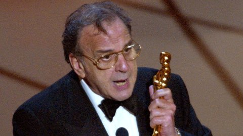 Filmforfatter Ronald Harwood er død.