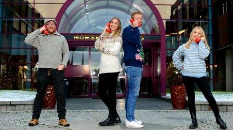 VINNERTEAMET: Denne gjengen er klare til å ringe rundt 40 ekstra Lotto-millionærer lørdag 19. desember. Fra venstre: Steinar Bjørnsson, Pie Skagsoset Norseng, Lars Hulleberg og Line Troller.