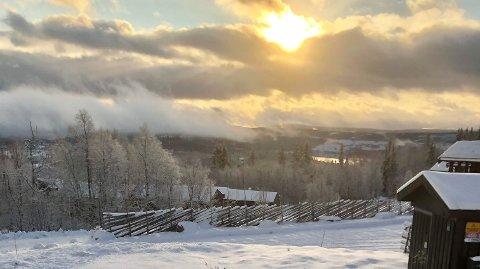 VINTERIDYLL: Store deler av Østlandet har hatt nydelig vintervær og snø den siste uka. Nå kan også Vestlandet vente seg snø.