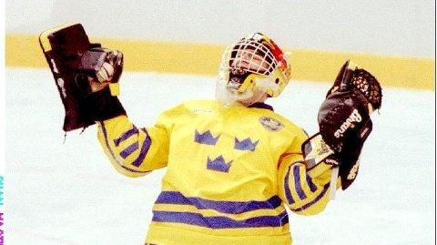 OL-HELT Tommy Salo sørget for at Sverige tok OL-gull på Lillehammer med sin avgjørende strafferedning mot Canada i finalen.