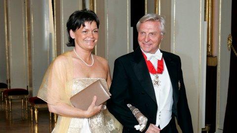 SEPARERT: Arve Tellefsen og kona har flyttet fra hverandre. Her avbildet under et besøk på Slottet i 2005.