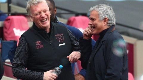 David Moyes her i en meget hyggelig passiar med Tottenham-manager Jose Mourinho har gjort underverker med West Ham denne sesongen. Mandag venter hjemmekamp mot Leeds.