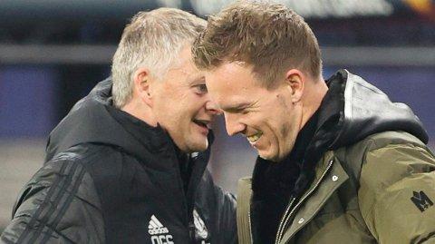 FAVORITT: RB Leipzig-manager Julian Nagelsmann skal være Tottenhams favoritt til å ta over trenerjobben i klubben etter Mourinho nylig fikk sparken. Her er tyskeren i samtale med Ole Gunnar Solskjær etter Leipzigs møte med Manchester United i Champions League.