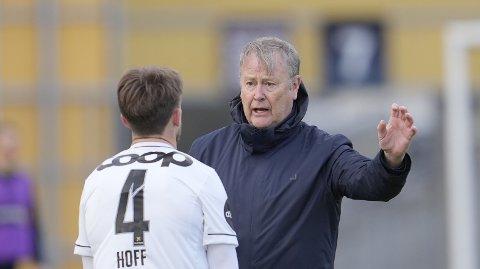 Rosenborgs trener Åge Hareide under treningskampen i fotball mellom Rosenborg og Ranheim på Skoglunden treningsbane ved Lerkendal. Foto: Ole Martin Wold / NTB