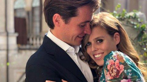 BLIR FORELDRE: Prinsesse Beatrice og Edoardo Mapelli Mozzi.