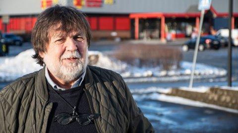 REAGERER: Finn Pedersen fra Namsos har vært medlemstillitsvalgt i Coop i flere tiår, og mener medlemmene i Coop ikke lenger har noe de skulle ha sagt.