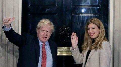 Statsminister Boris Johnson og Carrie Symonds skal ha giftet seg.