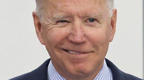 FULL FART: Arbeidsledigheten er på vei rett ned for Joe Biden.