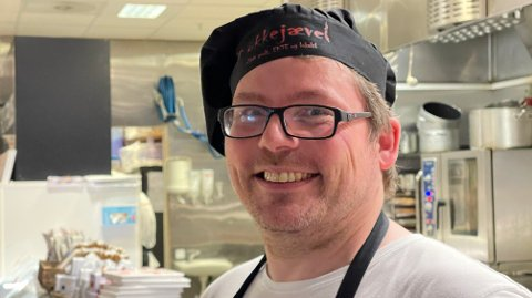 Nettavisen møtte «kokkejævel» Asbjørn Sandøy i Alta denne uken. Han byr gjerne på seg selv, men det har en pris.