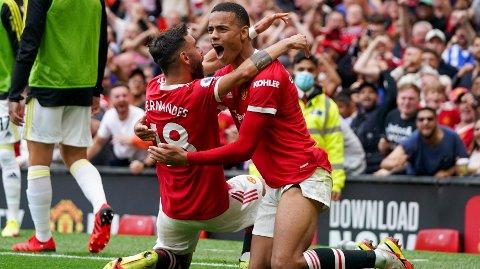 Bruno Fernandes og Mason Greenwood feirer scoring i kampen mot Leeds forrige uke. Manchester United vant til slutt hele 5-1.