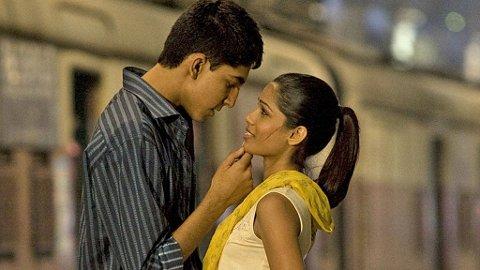 FRA SLUM TIL BERØMMELSE: «Slumdog Millionaire» er kåret til årets filmsensasjon.