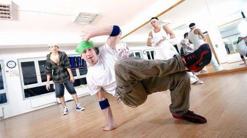 UTDANNING: Nå kan du videreutvikle din kompetanse i hiphop og relaterte stilarter.