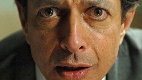 HYLLES: Jeff Goldblum gjør sin livs rolle i filmen om sirkusartisten som havner på galehus etter å ha overlevd Holocaust.