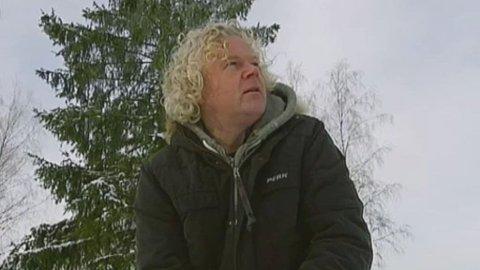 Øyvind Fjellheim gjør seg klar til enda et overlegent krokketslag.