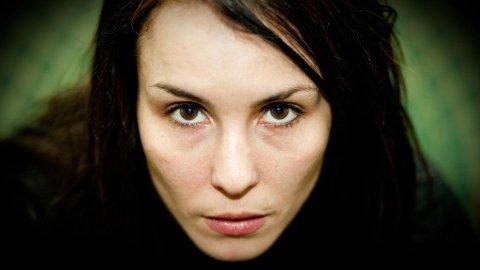 STIEG LARSSONS HACKER: Noomi Rapace sier det tok henne tid å si ja til rollen som Lisbeth Salander.