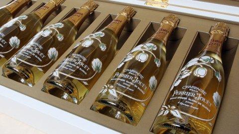 EDEL VARE: Champagnehuset Perrier-Jouet har nå knertet verdens eldste champagne til ære for sin nye årgangschampagne.