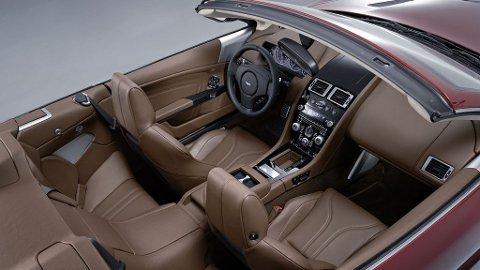 13 HØYTTALERE: Bang & Olufsen står for stereoanlegget i Aston Martin DBS Volante.