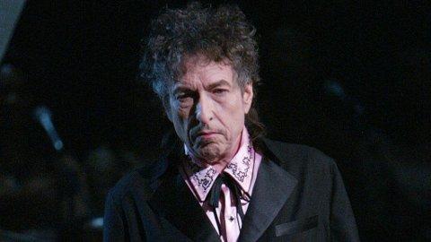 BLOWING IN THE WIND: Bob Dylans portable do skaper et utrivelig miljø for beboerne i hans Malibu-nabolag.