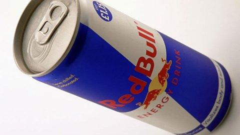 En boks med Red Bull