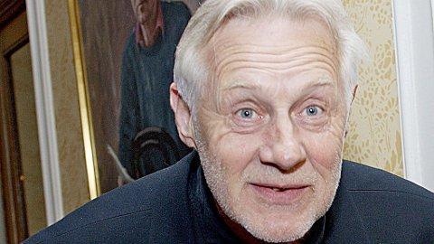TILBAKE: Etter halvannet år kommer Sverre Anker Ousdal (64) tilbake til teateret, i rollen som Max i «Hjemkomsten», på Nationaltheatret.