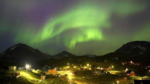 NORDLYS: Spektakulært nordlys over Grønland.
