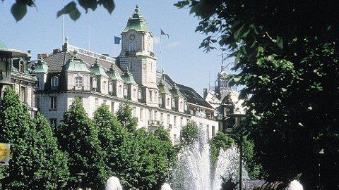 INGEN FAVORITT: Grand Hotell ligger ikke på turistenes liste over de ti beste hotellene i Oslo.