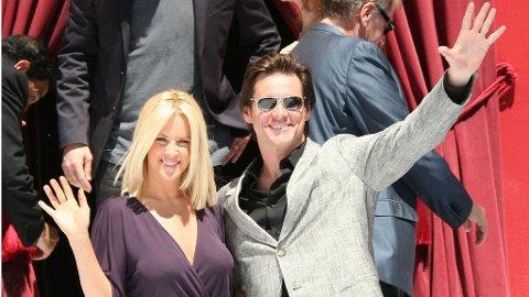 Jim Carrey med kjæresten Jenny McCarthy under filmfestivalen i Cannes i fjor.