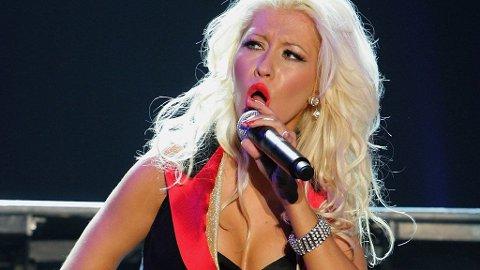 FORETREKKER KVINNER: Christina Aguilera mener kvinner er mer sexy enn menn, selv om hun er gift med Jordan Bratman.