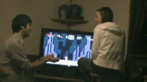 NERD ALERT: Amerikaneren Brad Smith valgte å fri til sin kjære via et Super Mario-spill.