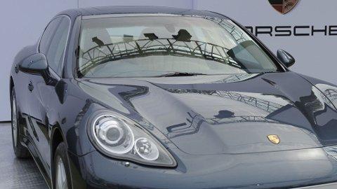 RÅFLOTT: Her er bilen Celina Midelfart valgte å punge ut 3 millioner kroner for.