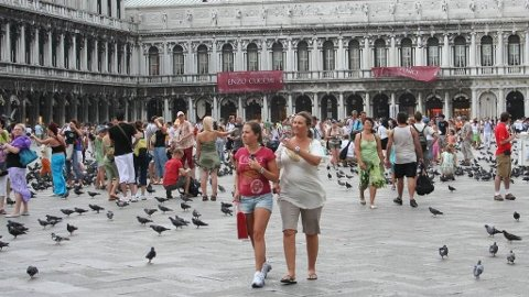 CASINO ROYALE: Daniel Craigs James Bond besøker blant annet Venezia.